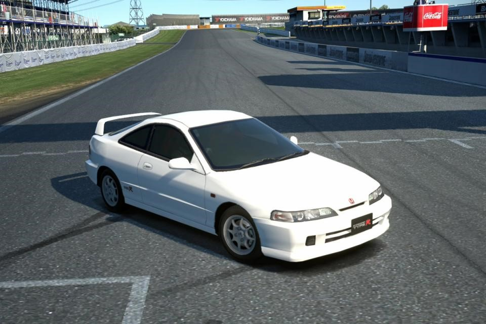 JDM 1995 Honda Integra Type R at Suzuka Circuit