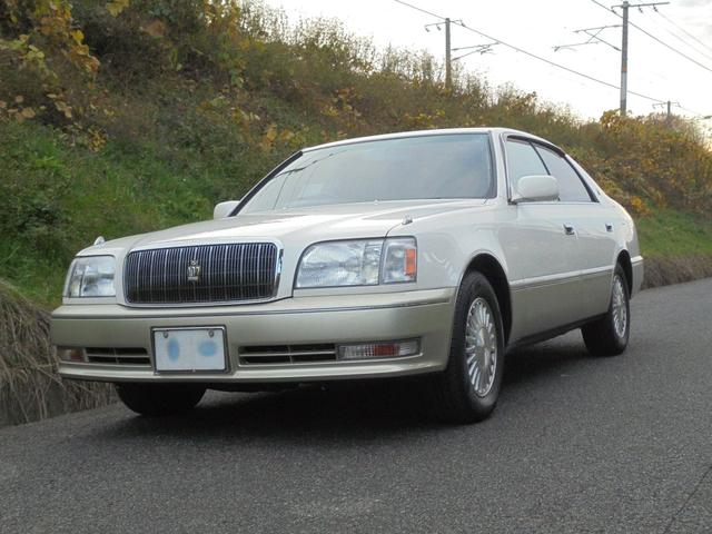 16 Crown Majesta from Japan Buy at auction for export to USA