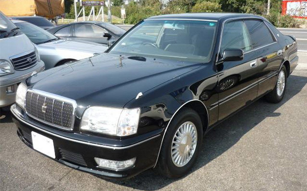 Toyota Crown Majesta Export from Japan Clean Car at very good price - header